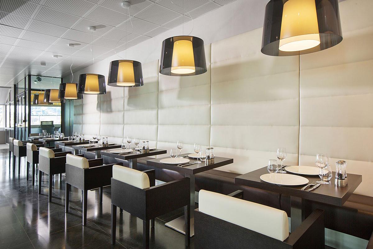 Restaurant-ACM-2017.